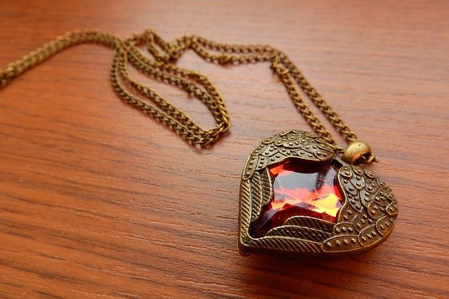 learn about buying jewelry with these tips - Learn About Buying Jewelry With These Tips