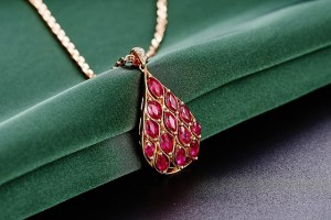try out these jewelry tips on for size - Try Out These Jewelry Tips On For Size