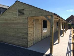 Stable block with extended 1.8m overhang