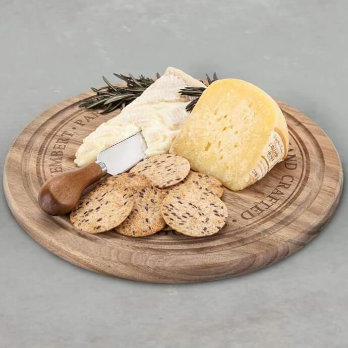 70 års present: ostbricka för servering