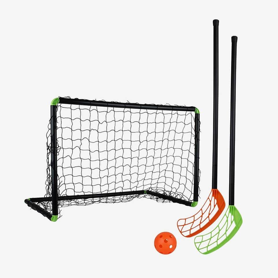 Presenttips barn 8 år: Bandyset med mål, klubba och boll