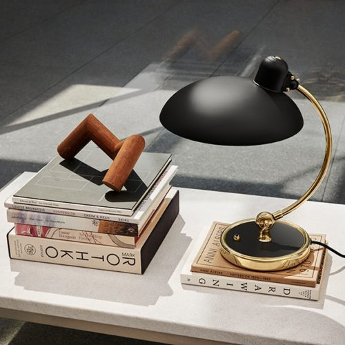 Fritz Hansen Kaiser Idell 6631 Luxus Bordlampe Matt Sort & Messing -  Special Edition