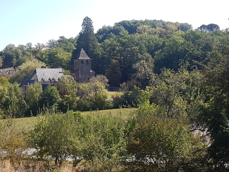 Saint Pierre de Bessuéjouls village