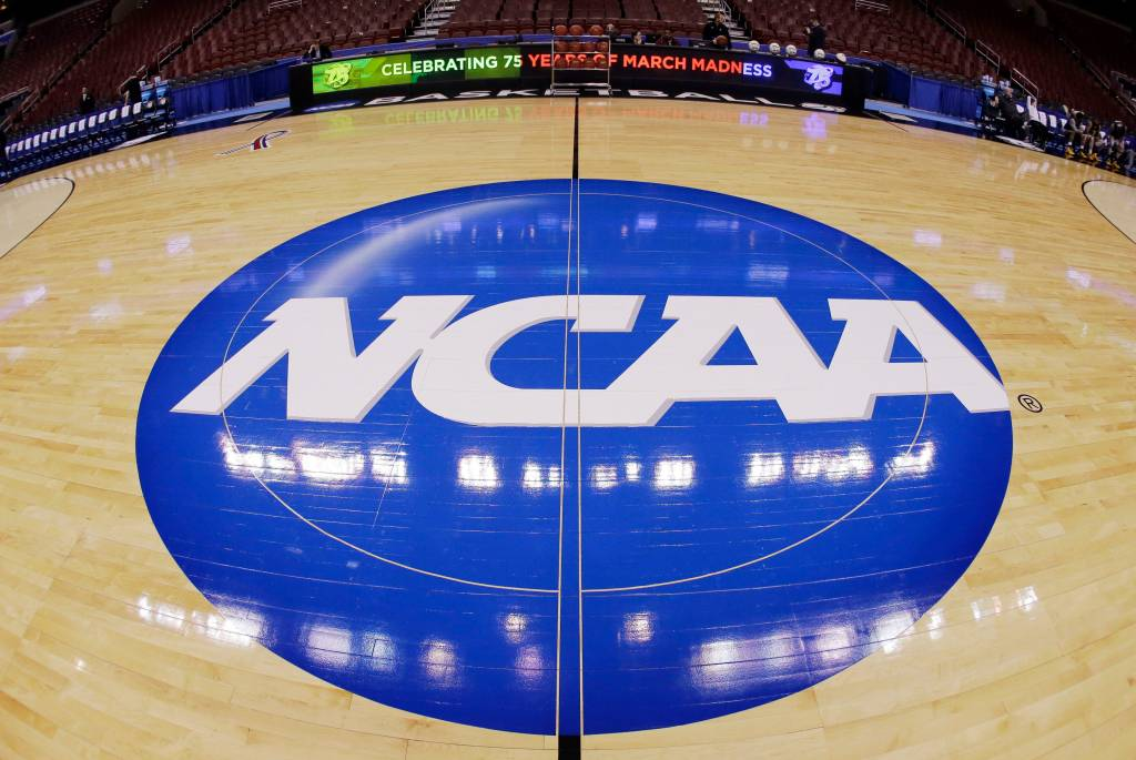 California Governor Signs Bill Allowing College Athletes to Make Money off of Endorsements 9