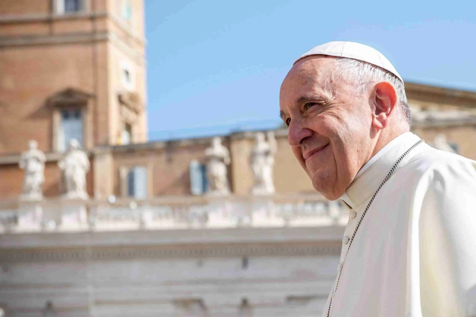 Pope Francis Denies Married Man the Right to be Catholic Priests 7