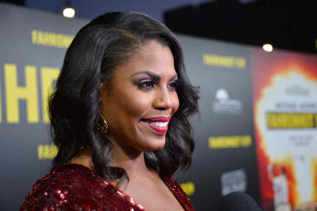 """Omarosa Fires Shots at President Trump saying He """"Wants to start a Race War."""" 10"""