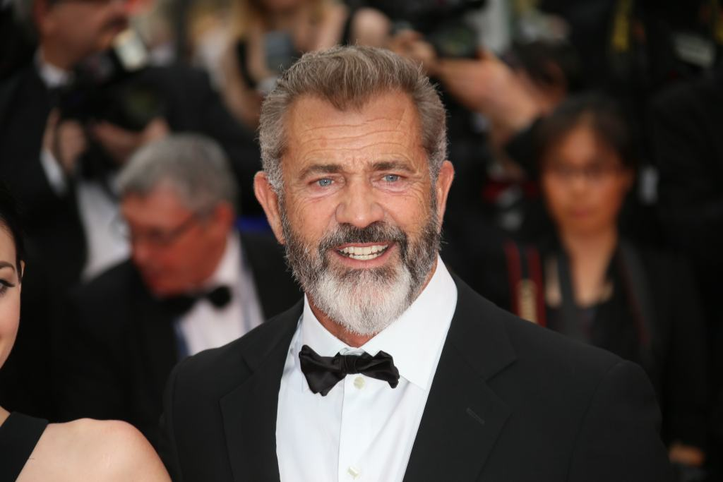 Winona Ryder Accuses Mel Gibson of Asking Her If She's An 'Oven Dodger' in 1995 10