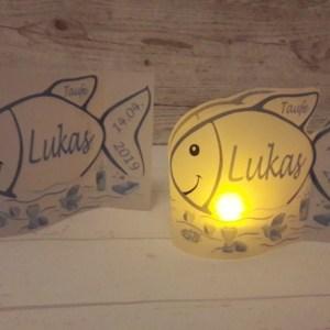 Windlicht zur Taufe, Lichthülle Taufe, Teelicht Taufe, Tischlicht Fisch, Tauffisch