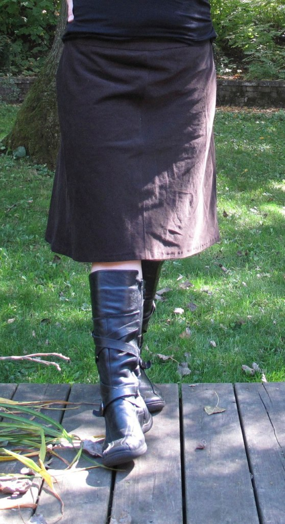 Ginger skirt by Colette, as sewn by The Finished Garment