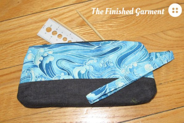 Perfect Zip Bag sewing pattern by Oh, Fransson!, as sewn by The Finished Garment.