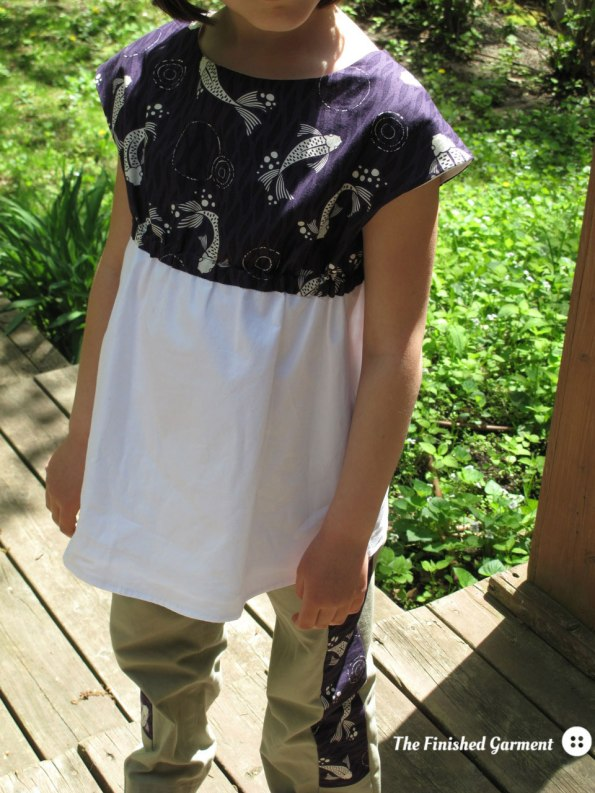 Roller Skate Tunic sewing pattern by Oliver + S, in Don't be Koi. Sewn by The finished Garment. A Warp & Weft Sewing Society project.