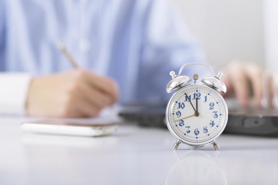 Comment s'assurer que l'employeur contrôle effectivement la charge de travail des salariés en forfait-jours ?