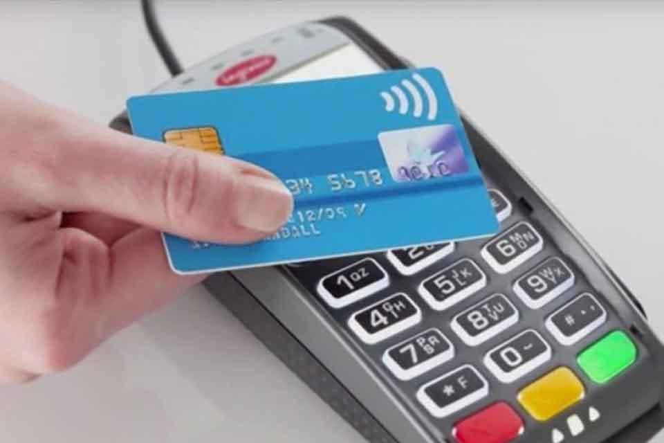 Le Crédit Agricole se met à la carte biométrique