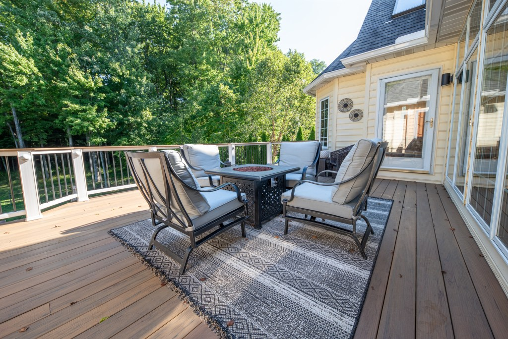 Finley_and_Sons_Builders_Deck_addition_2
