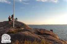 Auf dem Granitfels mit weitem Blick ins Archipel