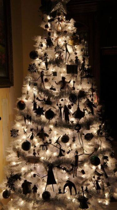 christmas-decorations-perfect-for-both-halloween-and-nightmare-awesome-before