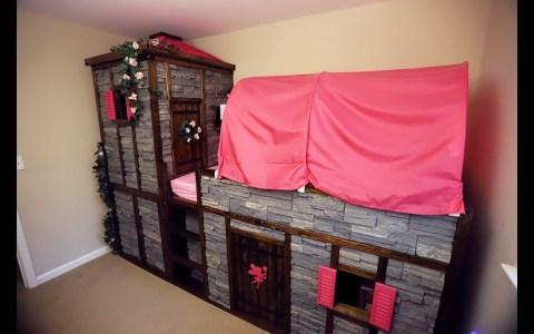 Convirtiendo una cama de IKEA en un castillo para su hija