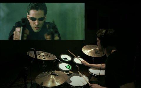 Poniéndole música a Matrix en tiempo real