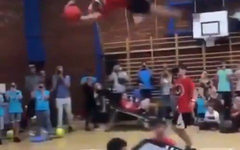 El alley oop interminable