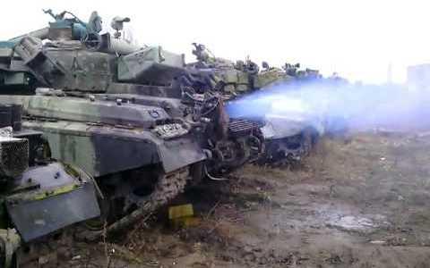 Arrancando un T-64 después de 15 años parado