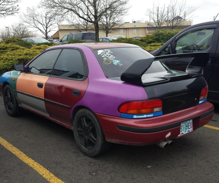 ¿De qué color quieres el coche?