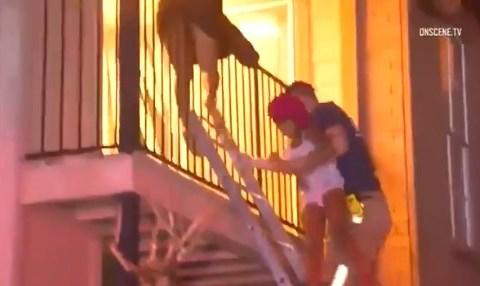 Si pones al revés los vídeos de bomberos rescatando niños consigues the evilest thing you can imagine