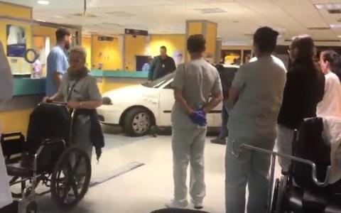 ACTUALIZADO | GTA Basurto: roban un coche y se meten hasta traumatología con él