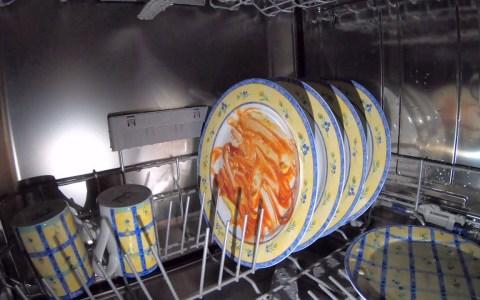 Mete una gopro en el lavavajillas para ver qué pasa dentro