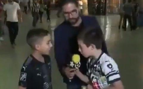 Más peligro que un niño con un micrófono en directo