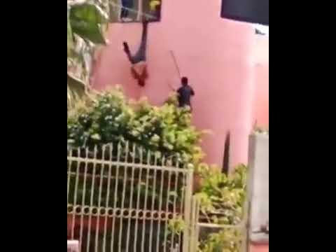 En Jalisco les gusta tanto la fiesta, que los policías convierten a los ladrones en piñatas
