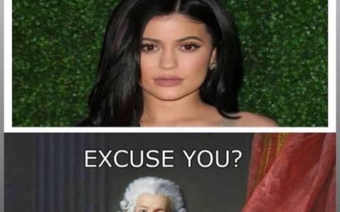 """Kylie Jenner: """"empecé a usar rizos, y ahora todo el mundo se pone ricos"""""""