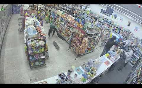 Por lo que vemos en los medios, en un futuro cercano los ladrones van a tener que hacer cola para robar en Barcelona