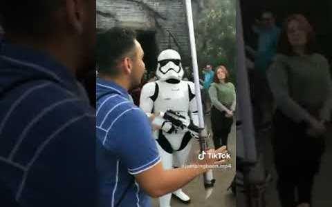 Aún queda un Jedi, pero... no eres tú