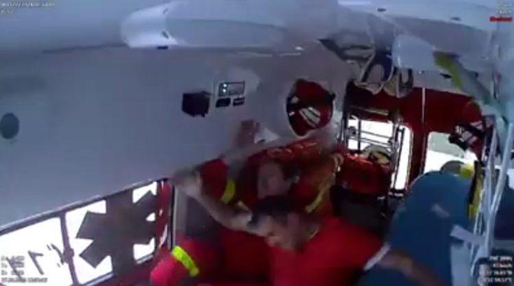 Accidente de una ambulancia en Rumanía visto desde el interior