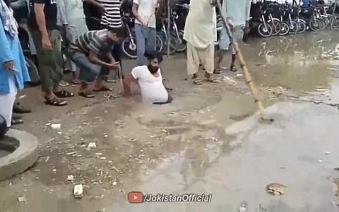 Así es el submarinismo pakistaní.