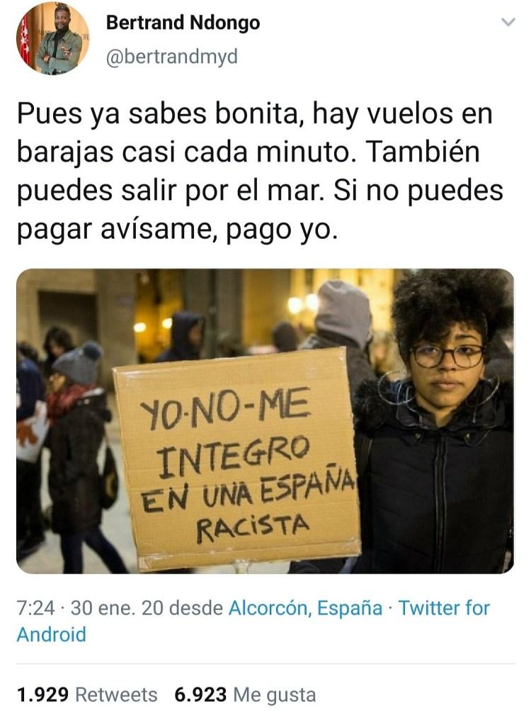 """El """"negro de VOX"""" diciéndole a una mujer negra que le paga el billete para irse de España 😂"""