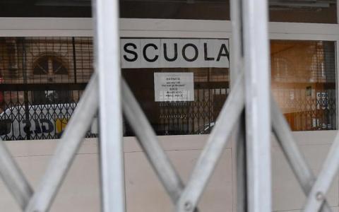 El gobierno italiano cierra todas las escuelas y universidades de Italia