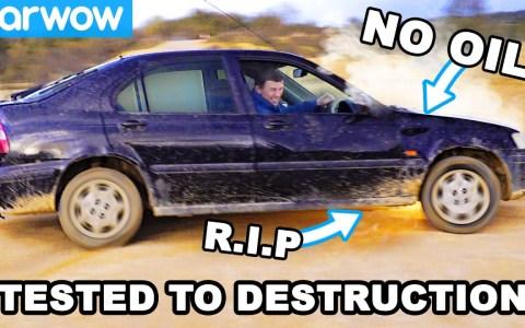 3 coches sin aceite con el acelerador a fondo ¿Cuál sobrevivirá durante más tiempo?
