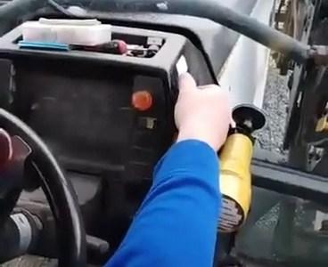 Algo me dice que ese tractor es hembra