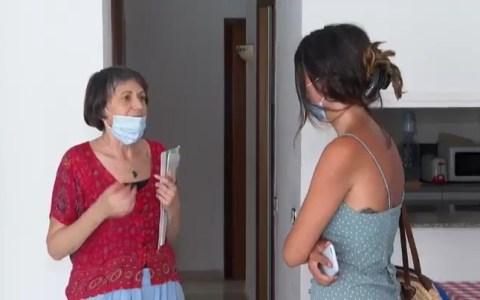 Una mujer explica cómo un notas se metió en su casa de okupa aprovechando que la enseñaba para su venta