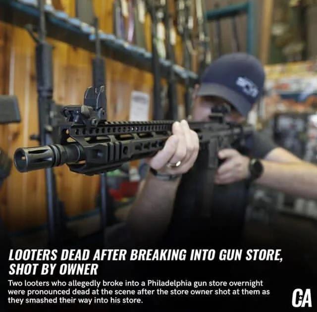 Mueren dos saqueadores tras entrar en una tienda de armas y ser abatidos por los dueños
