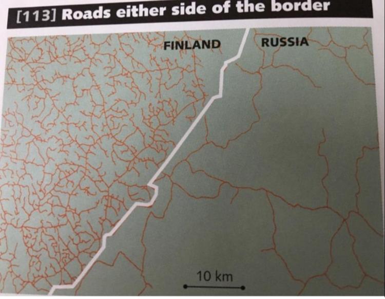 Carreteras a cada lado de la frontera de Rusia con Finlandia
