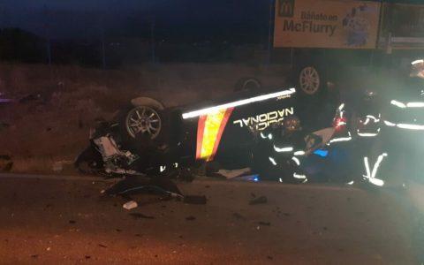 Inspector de Policía Nacional pierde un brazo y una pierna tras ser embestido su toyota Prius por un BMW X5 conducido por narcos