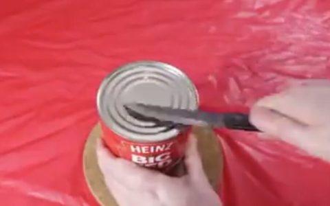 Cómo abrir una lata cuando no tienes abrelatas