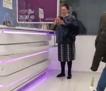 """""""Señora póngase la mascarilla"""""""