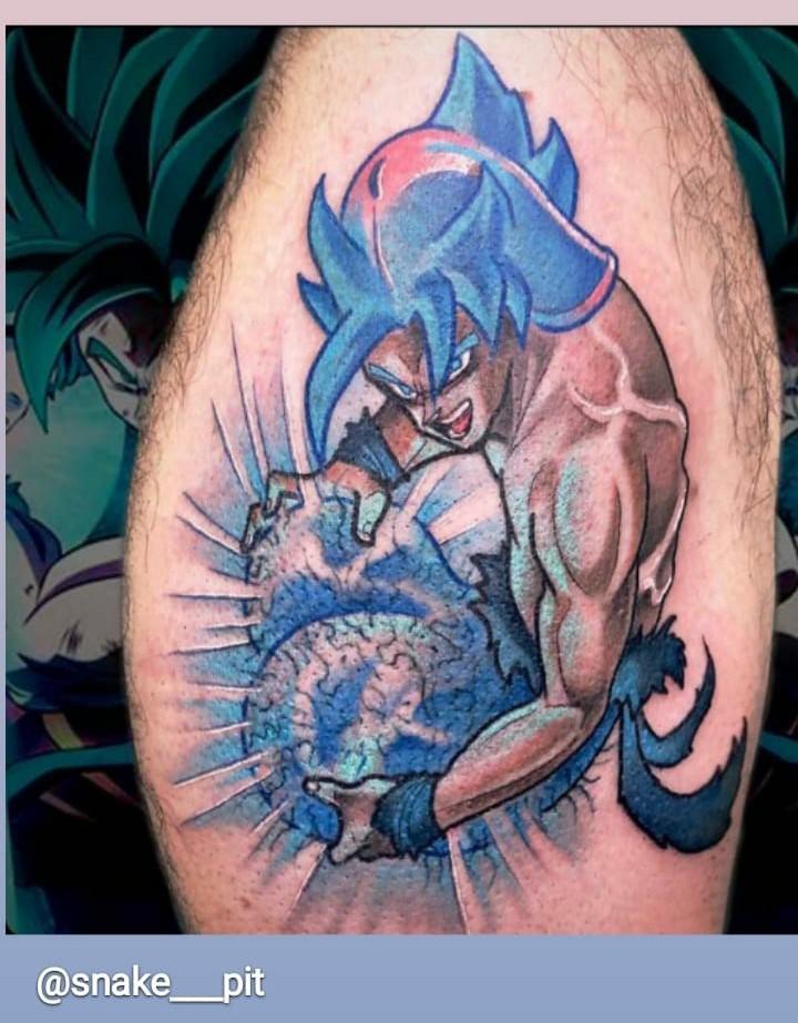 Espectacular tatuaje de Gok... WTF