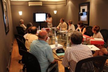 Reunión Finsalud. Patronos y Comité Científico. Reunión con afectados por preferentes.