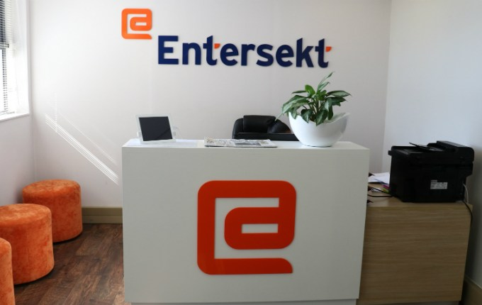 Entersekt Brings Biometric Authentication to FirstBank's Mobile App
