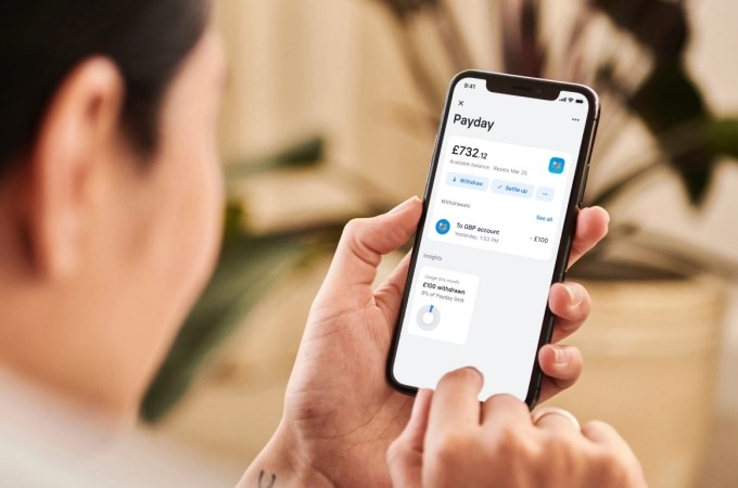 Revolut introduces salary-advance feature in the UK