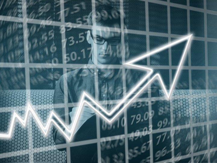 Fintechs voltam a liderar ranking de atração de investimentos no país, segundo a Distrito: US$ 2,4 bi, quase metade do total